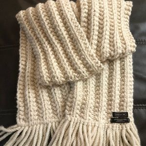 Vintage Coach 100% Wool Cream cable knit Scarf-BIG